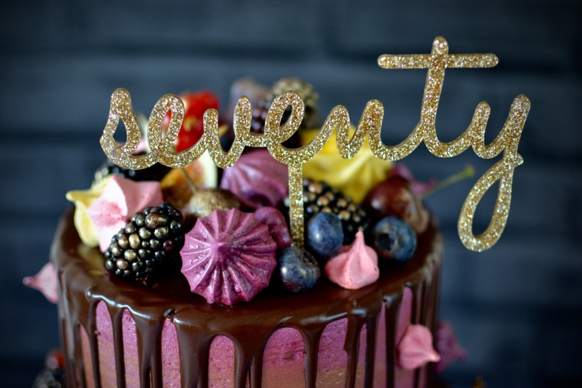 I was so delighted with the glittery acrylic cake topper that I had made by Miss Cake.